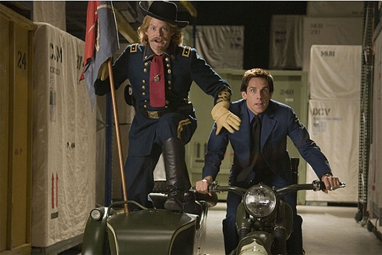 night_at_the_museum_2_battle_of_the_smithsonian_movie_image_bill_hader_becomes_gen__george_custer__and_ben_stiller.jpg
